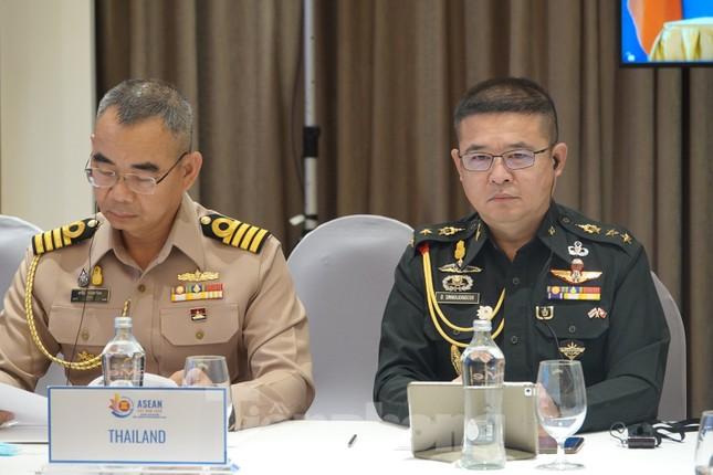 Quan chức quốc phòng cấp cao ASEAN bàn kế hoạch hợp tác 3 năm tới ảnh 3
