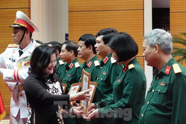 Quân đội tuyên dương điển hình vì sự tiến bộ của phụ nữ và bình đẳng giới ảnh 1