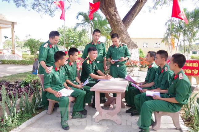 Xây đắp niềm tin, trách nhiệm cho thanh niên Quân đội ảnh 2