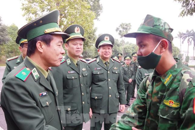Tăng cường 2 tiểu đoàn Biên phòng lên biên giới chống dịch ảnh 2