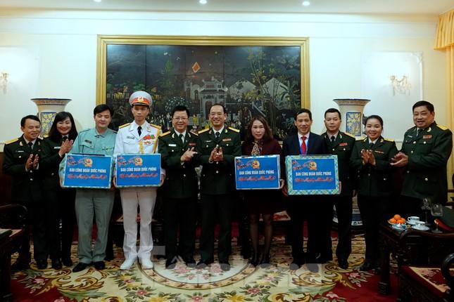 Thượng tướng Phan Văn Giang giao nhiệm vụ đầu xuân cho BTL Bảo vệ Lăng ảnh 12
