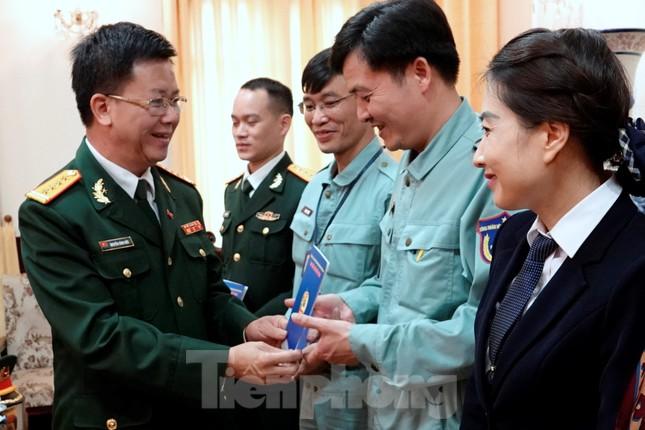 Thượng tướng Phan Văn Giang giao nhiệm vụ đầu xuân cho BTL Bảo vệ Lăng ảnh 5