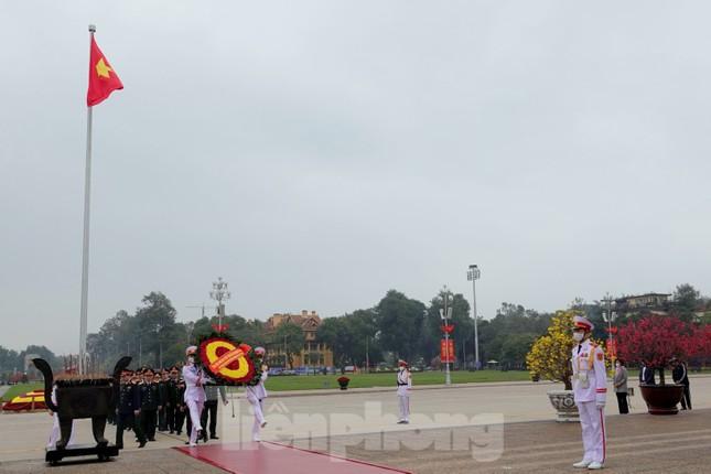 Thượng tướng Phan Văn Giang giao nhiệm vụ đầu xuân cho BTL Bảo vệ Lăng ảnh 7