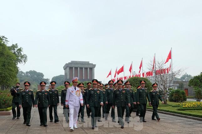 Thượng tướng Phan Văn Giang giao nhiệm vụ đầu xuân cho BTL Bảo vệ Lăng ảnh 9
