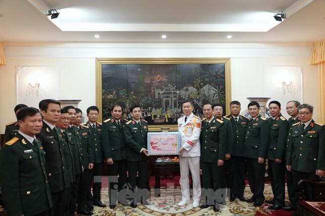 Thượng tướng Phan Văn Giang giao nhiệm vụ đầu xuân cho BTL Bảo vệ Lăng ảnh 2