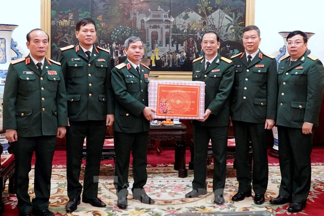 Thượng tướng Phan Văn Giang giao nhiệm vụ đầu xuân cho BTL Bảo vệ Lăng ảnh 4