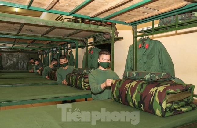 Tân binh Trung đoàn 246 gác nỗi nhớ nhà, hăng say tập luyện ảnh 5