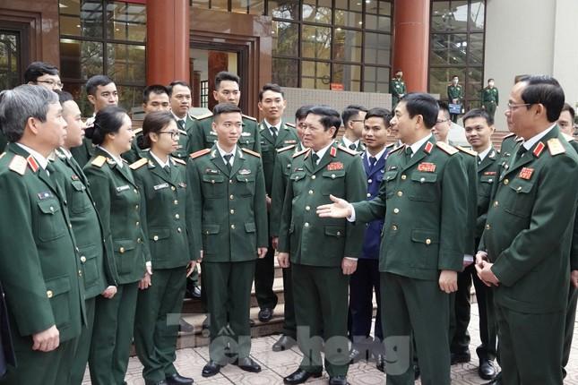 Quân ủy Trung ương - Bộ Quốc phòng biểu dương điển hình trẻ tiêu biểu toàn quân ảnh 1