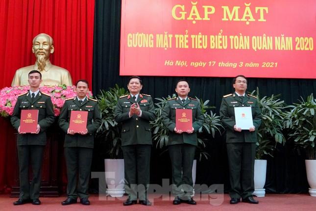 Quân ủy Trung ương - Bộ Quốc phòng biểu dương điển hình trẻ tiêu biểu toàn quân ảnh 5