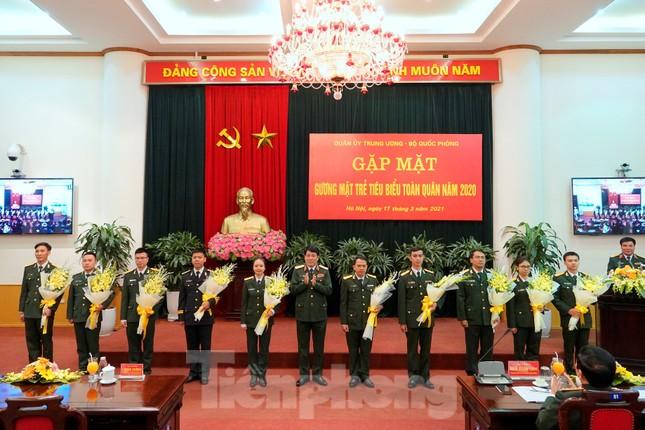 Quân ủy Trung ương - Bộ Quốc phòng biểu dương điển hình trẻ tiêu biểu toàn quân ảnh 6