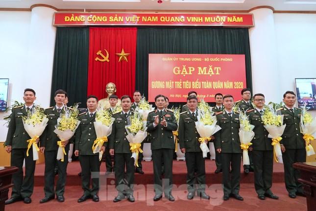 Quân ủy Trung ương - Bộ Quốc phòng biểu dương điển hình trẻ tiêu biểu toàn quân ảnh 8