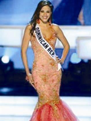 Bên lề Hoa hậu Hoàn vũ 2005 ảnh 1