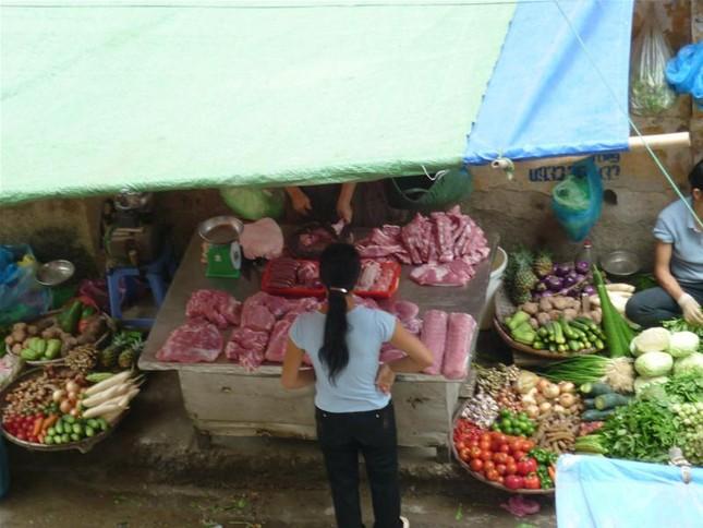 Vẫn lén lút bán thịt lợn trongvùng có ổ dịch tai xanh ảnh 2