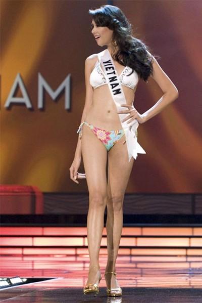 Nhìn lại hành trình của Hoàng Yến tại Miss Universe ảnh 9