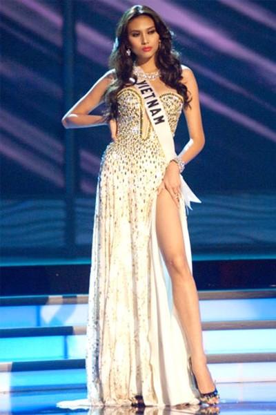 Nhìn lại hành trình của Hoàng Yến tại Miss Universe ảnh 10