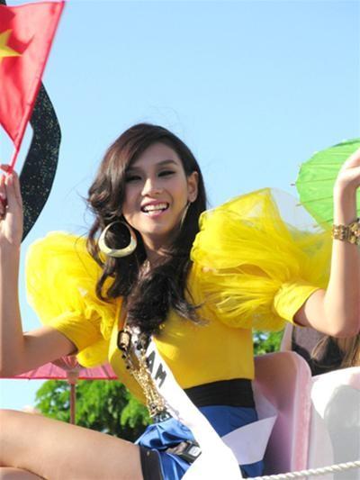 Nhìn lại hành trình của Hoàng Yến tại Miss Universe ảnh 12