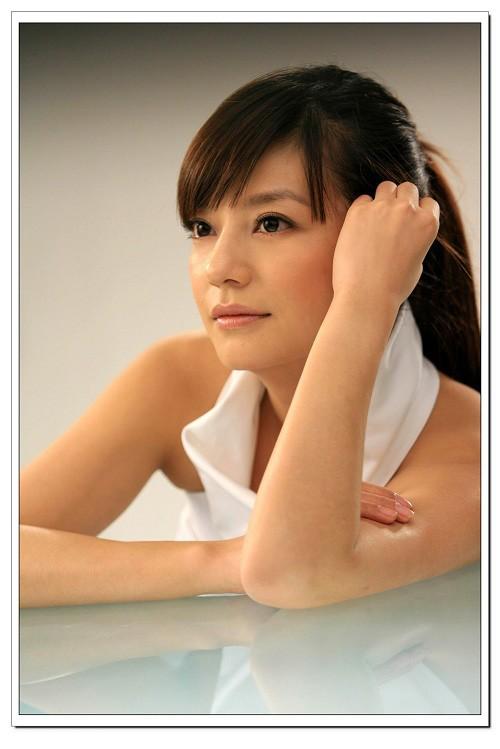 Top 10sao nữ được mày râu Trung Quốc khao khát ảnh 5
