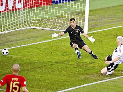10 bàn thắng đẹp nhất Euro 2008 ảnh 2
