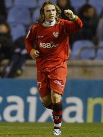 Sevilla lội ngược dòng lên ngôi nhì bảng ảnh 1