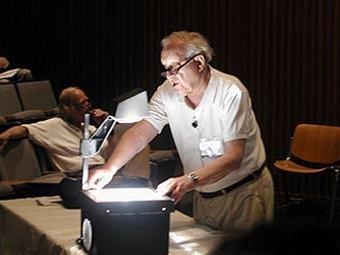 3 nhàkhoa họcgiành giải Nobel vật lý năm 2005 ảnh 1