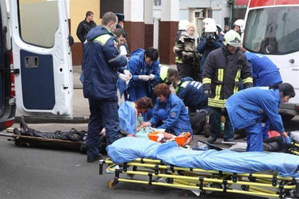 Mátxcơva : Khủng bố trong tàu điện ngầm, 35 người chết ảnh 1
