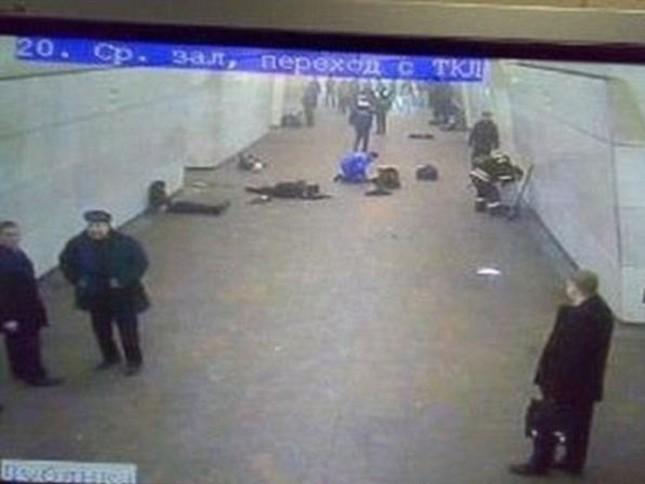 Chùm ảnh khủng bố kép trong tàu điện ngầm Matxcơva ảnh 7