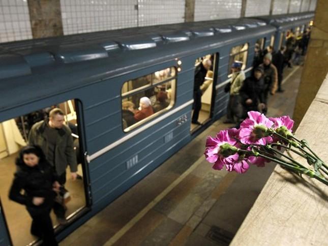 Chùm ảnh khủng bố kép trong tàu điện ngầm Matxcơva ảnh 10