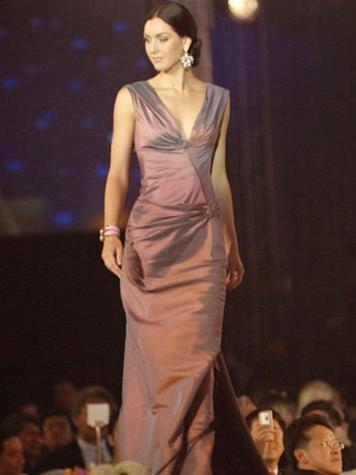 15 người đẹpbiểu diễn thời trang tại Bangkok ảnh 3