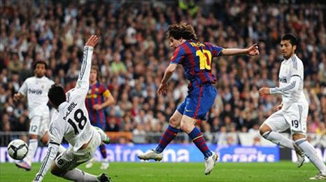 Barca hạ Real độc chiếm ngôi đầu bảng ảnh 1