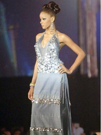 15 người đẹpbiểu diễn thời trang tại Bangkok ảnh 7