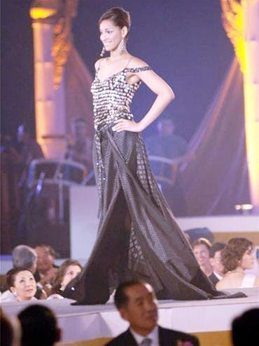 15 người đẹpbiểu diễn thời trang tại Bangkok ảnh 8