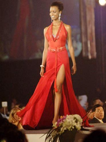 15 người đẹpbiểu diễn thời trang tại Bangkok ảnh 12