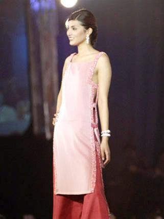 15 người đẹpbiểu diễn thời trang tại Bangkok ảnh 15