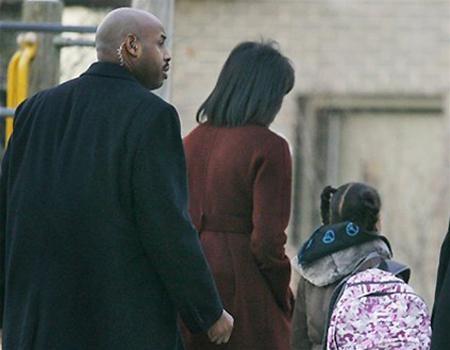 Hai con gái Obama nhập học ở Washington ảnh 5