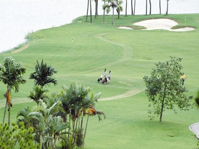 Sân golf trá hình - Trách nhiệm người cấp đất ảnh 1