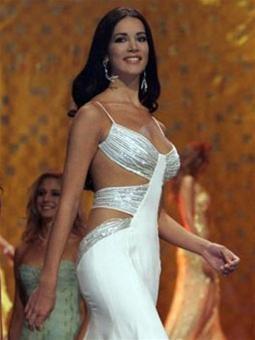 Hoa hậu Hoànvũ 2005 -Cuộc sốngsau sân khấu ảnh 6