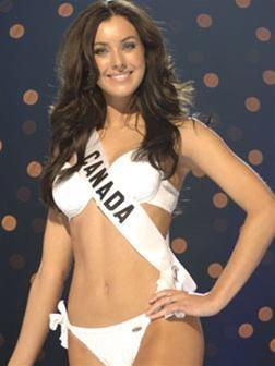 Hoa hậu Hoànvũ 2005 -Cuộc sốngsau sân khấu ảnh 8