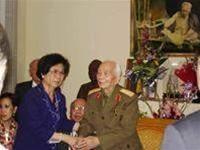 Hãy luôn nhớ Tổ quốc ta là Việt Nam, nhớ tới Bác Hồ ảnh 1