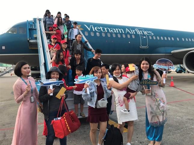 Đà Nẵng chào đón chuyến bay đầu tiên năm Canh Tý 2020 ảnh 2
