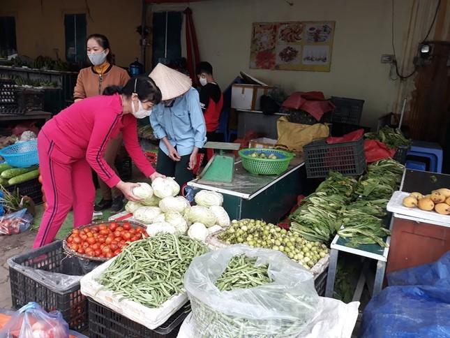 Dồi dào lương thực, thực phẩm ở siêu thị trước giờ cách ly toàn xã hội ảnh 8