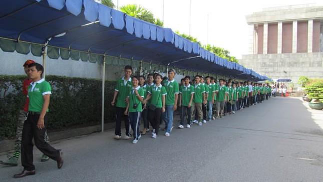 300 bạn trẻ cùng Vital đạp xe xuyên Việt ảnh 1