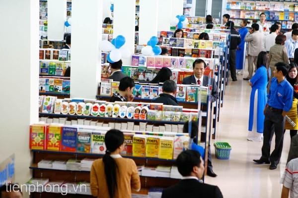 Nhà sách Tiền Phong trước thềm năm học mới ảnh 6