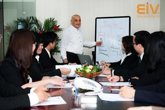 5 nguyên tắc tìm giáo viên dạy tiếng Anh cho công ty ảnh 1