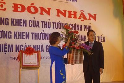 Trường MN Chu Văn An đón nhận bằng khen của Thủ Tướng Chính Phủ ảnh 2