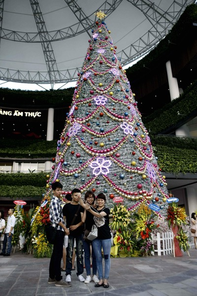Rực rỡ sắc màu tại Aeon mall Long Biên ảnh 9