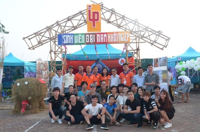 Đại học Đại Nam tưng bừng ngày hội tri ân nhà giáo ảnh 1