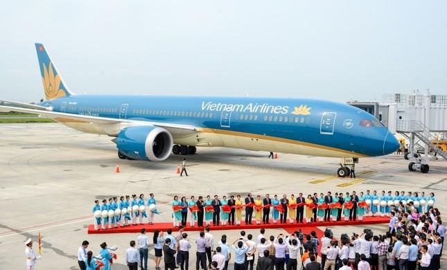 'Màn biểu diễn' của máy bay hiện đại nhất Vietnam Airlines Boeing 787-9 ảnh 7