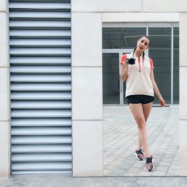 """Diện đồ thể thao đôi cùng """"cạ cứng"""" như Mai Ngô và Lilly Nguyễn ảnh 2"""