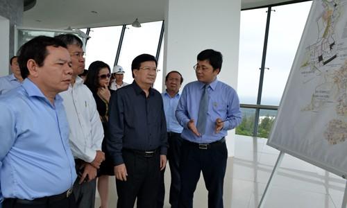 PTT Trịnh Đình Dũng: Lọc dầu Dung Quất là quả tạ của kinh tế Quảng Ngãi ảnh 1
