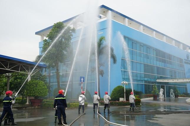 Diễn tập PCCC tại khu xử lý chất thải Đa Phước ảnh 7